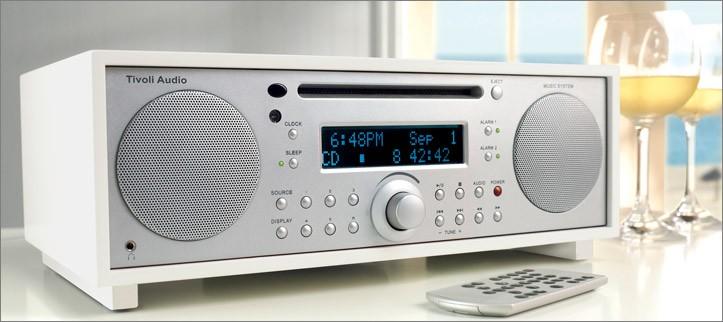 COMBINE RADIO CD BLUETOOTH STEREO TIVOLI AUDIO MUSIC SYSTEM +